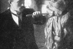 1904 Konrad Mägi karüatiidi lõikamas